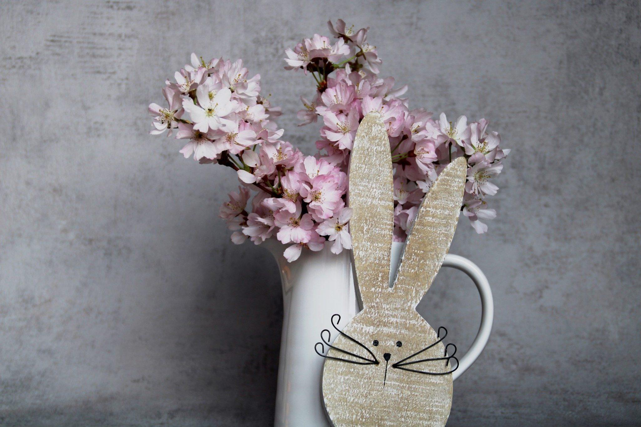 Outreach Team Easter Flower Sale